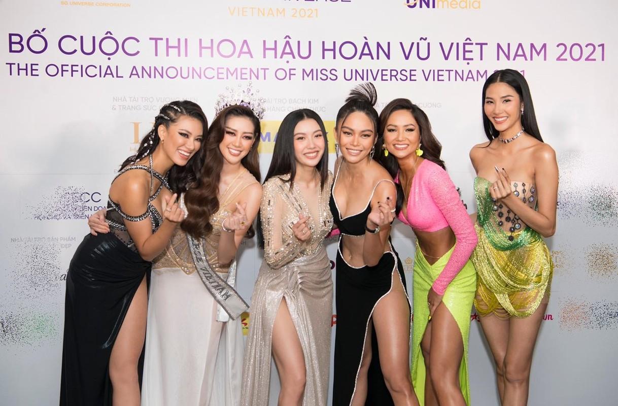 "Het hon trang phuc hiem hoc cua Mau Thuy, khong kheo ""toang"" ngay"