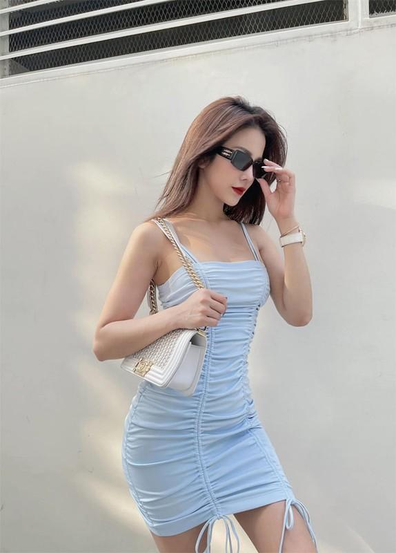 Diep Lam Anh hut mat voi ba vong nong bong du da hai con-Hinh-8