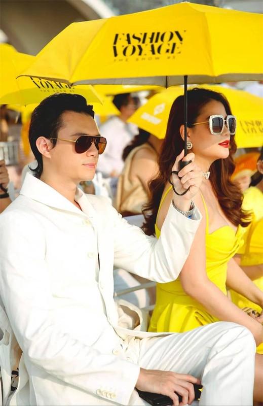 Soi tinh su hen ho cua Truong Ngoc Anh va tinh tre kem 14 tuoi-Hinh-7