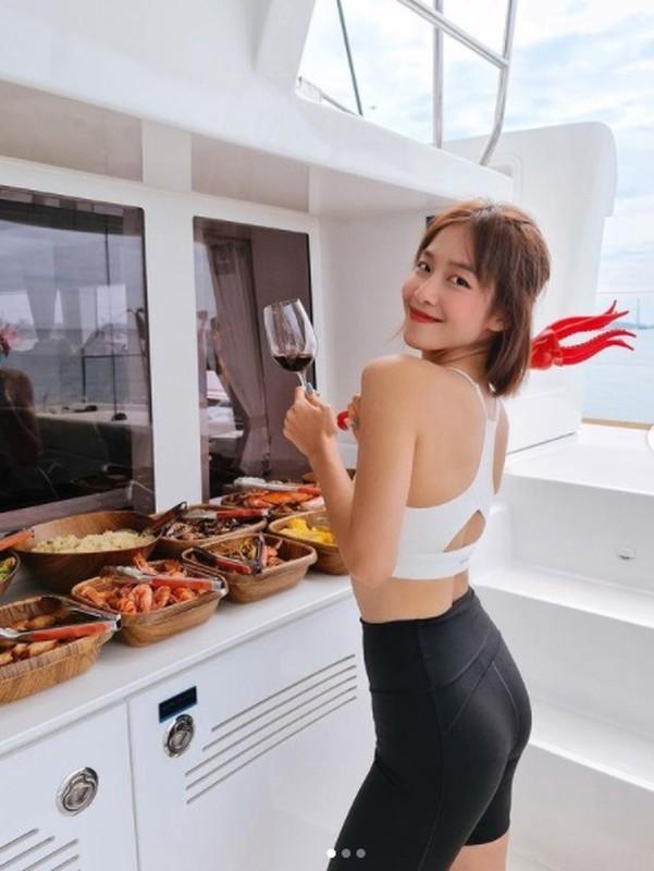 """Thoat mac """"hot girl chan cot dinh"""", Kha Ngan ngay cang dep kho cuong-Hinh-8"""