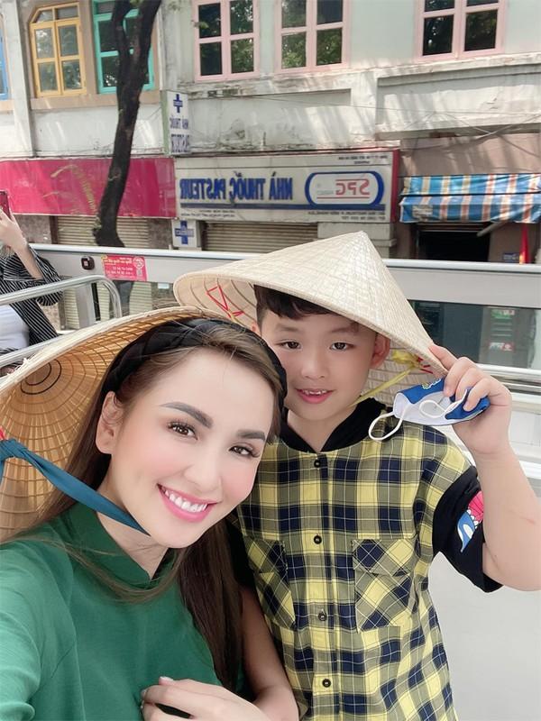 Diem Huong thay doi the nao sau 9 nam tham gia Miss Universe?-Hinh-8