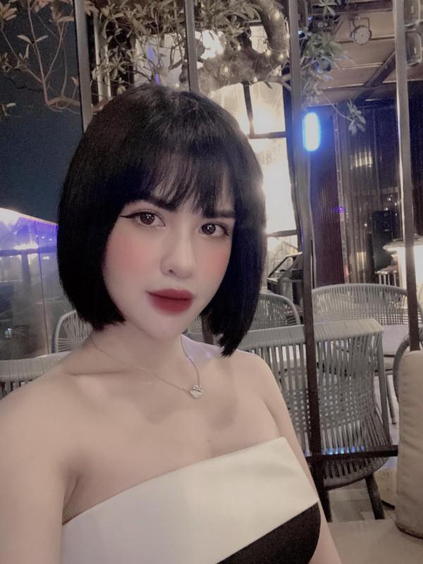 Thay doi phong cach, vo cu Viet Anh tre dep goi cam kho cuong-Hinh-10