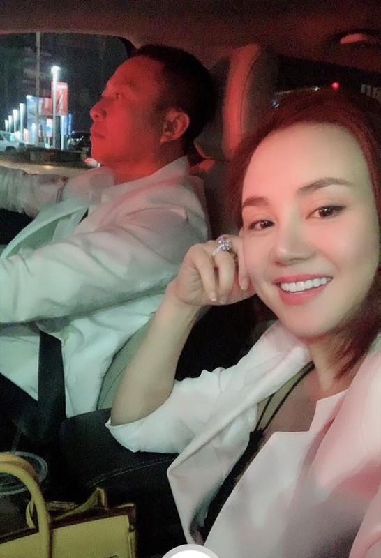 Cuoc song vien man cua Vy Oanh ben chong dai gia-Hinh-8