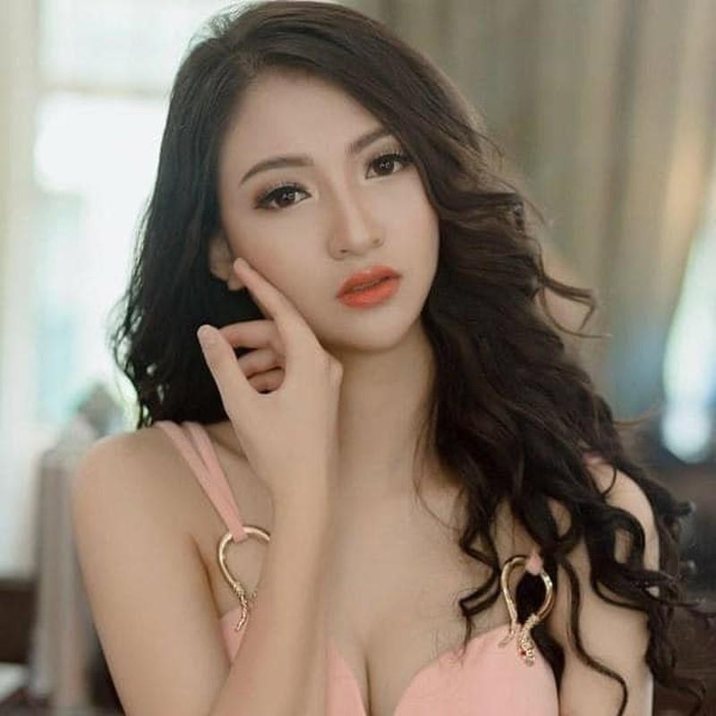 """Body chuan tung centimet cua dien vien Anh Thu """"Ve nha di con"""""""