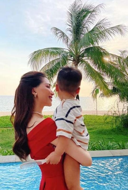 Hoa Minzy lan dau khoe ro mat con trai sau nhieu thang giau kin-Hinh-7
