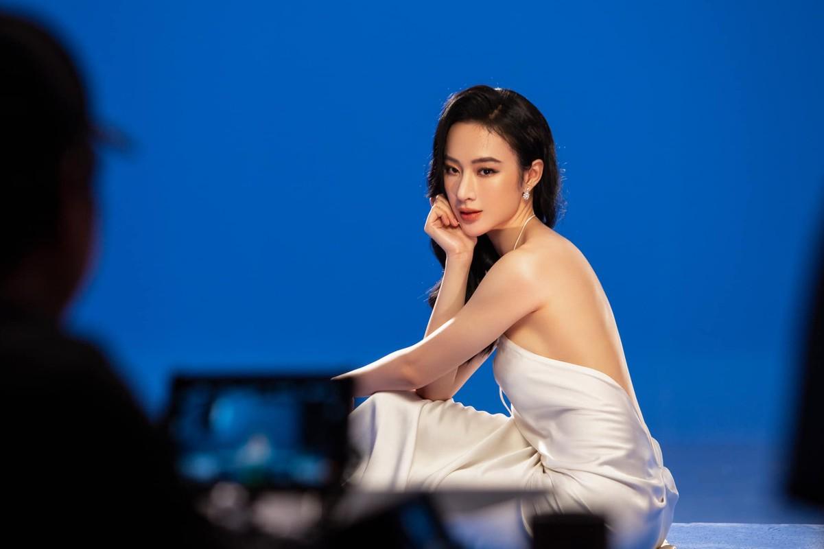 Angela Phuong Trinh mac kin nhu bung van dep goi cam-Hinh-10
