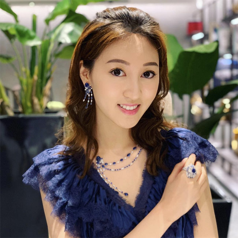 Nhan sac A hau Hong Kong duoc chong cu chia 900 ty sau ly hon