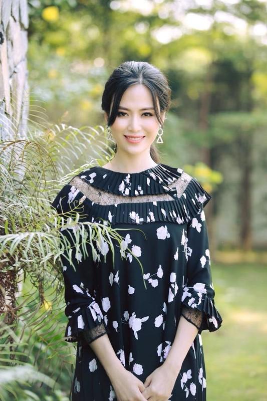 Nhan sac Hoa hau Thu Thuy sau 27 nam dang quang-Hinh-10