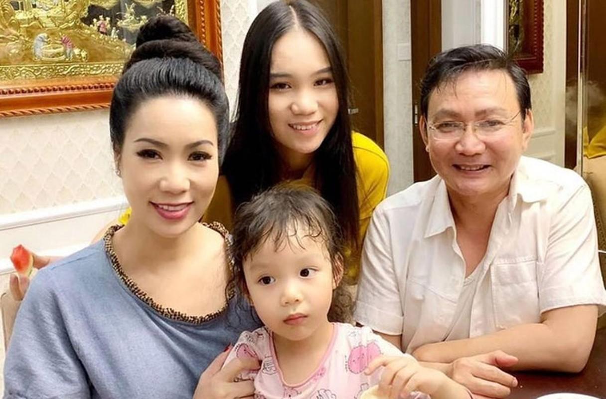 Cuoc song thang tram cua Top 3 Hoa hau Viet Nam 1994-Hinh-10