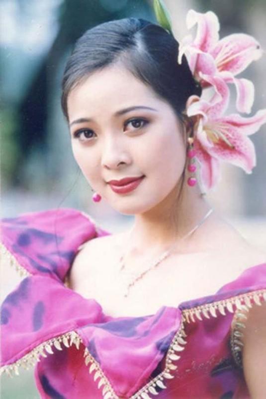 Cuoc song thang tram cua Top 3 Hoa hau Viet Nam 1994-Hinh-5