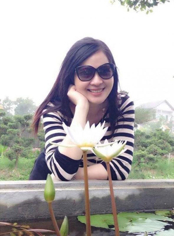 Cuoc song thang tram cua Top 3 Hoa hau Viet Nam 1994-Hinh-6