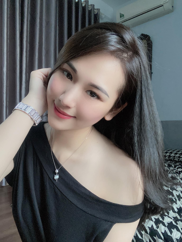 Nhan sac ban gai moi kem 10 tuoi cua Vu Duy Khanh-Hinh-6