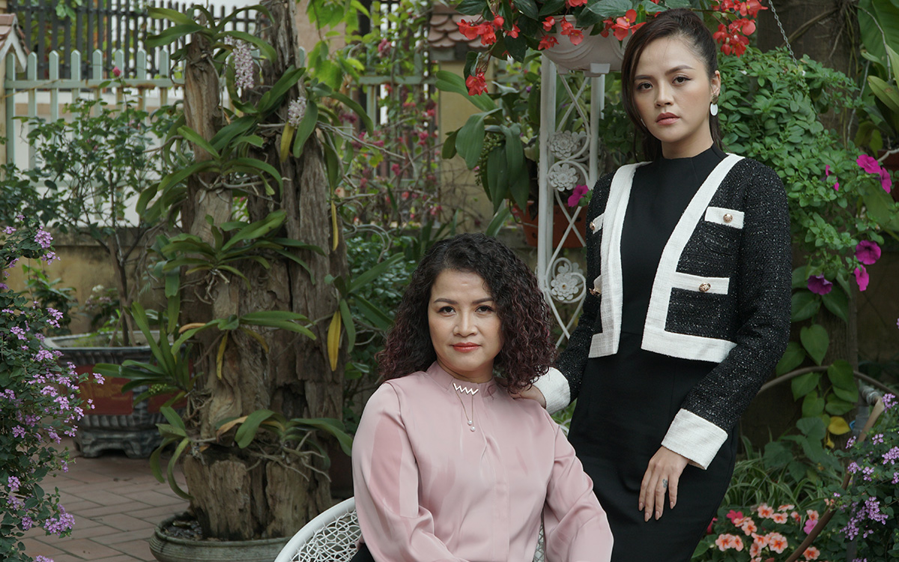 """Cuoc song kin tieng cua ba Sa muu mo trong """"Huong vi tinh than"""""""