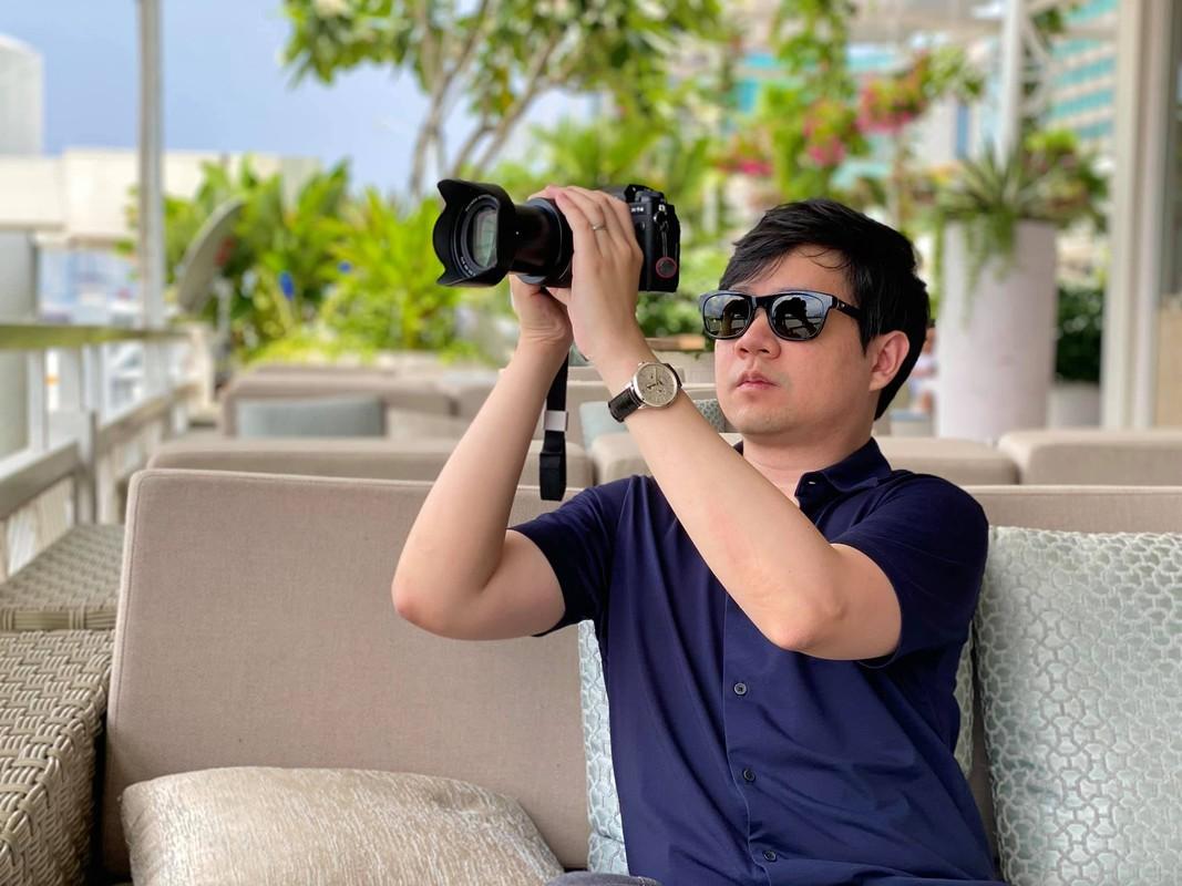 Hoa hau Dang Thu Thao dang anh hanh phuc chuc mung sinh nhat chong-Hinh-6