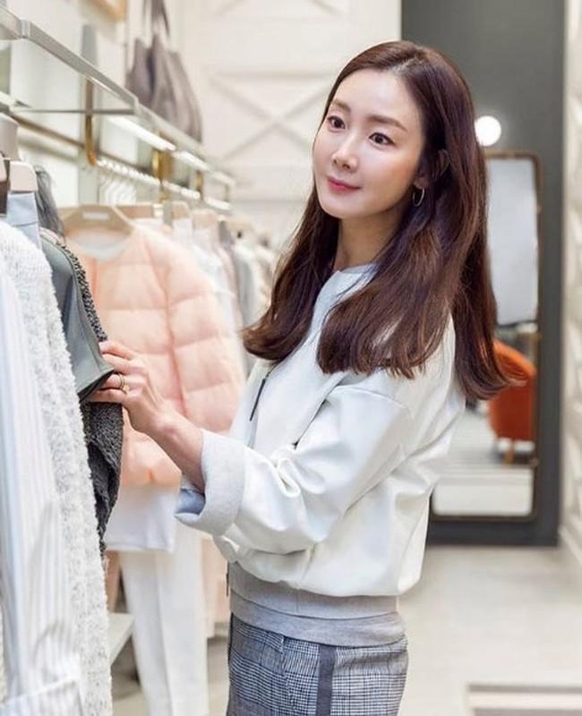 "Nhan sac khong tuoi cua ""nguoi dep khoc"" Choi Ji Woo-Hinh-3"