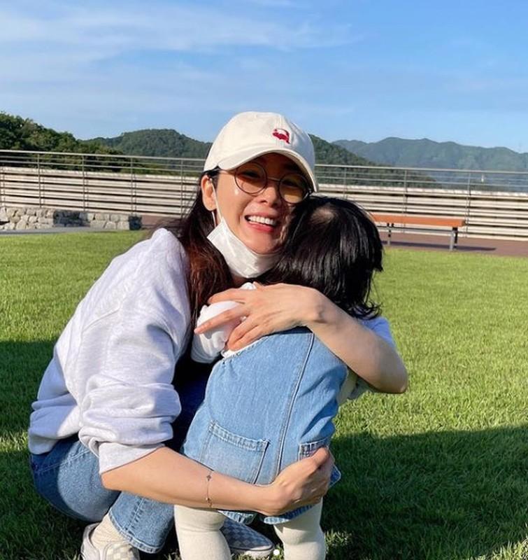"Nhan sac khong tuoi cua ""nguoi dep khoc"" Choi Ji Woo-Hinh-7"