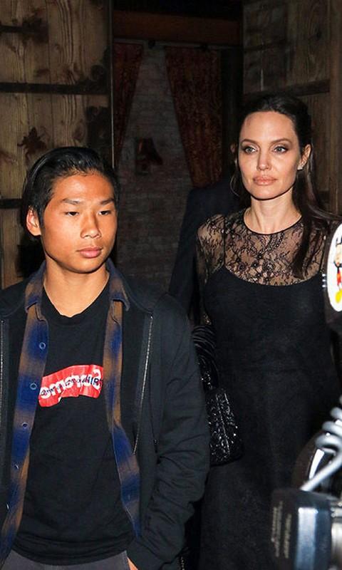 Pax Thien thay doi the nao khi la con nuoi Angelina Jolie - Brad Pitt?-Hinh-5