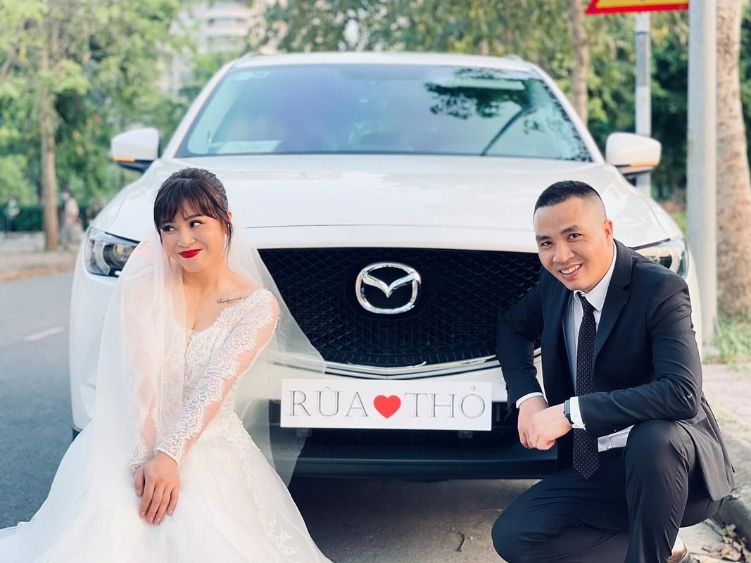 Moi nam chup anh cuoi 1 lan, MC Hoang Linh hanh phuc vien man
