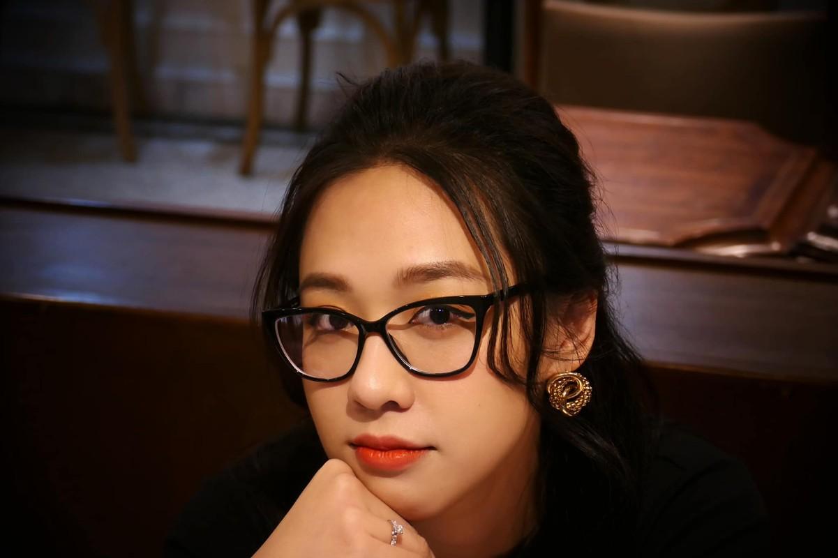 "Nhan sac ""keo ngot"" cua MC Ha My duoc ""ong chu"" trieu do cau hon-Hinh-7"