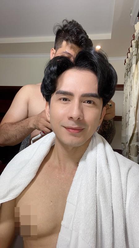 Dan Truong gay sot voi body 6 mui, tre mai khong gia o tuoi 45-Hinh-2