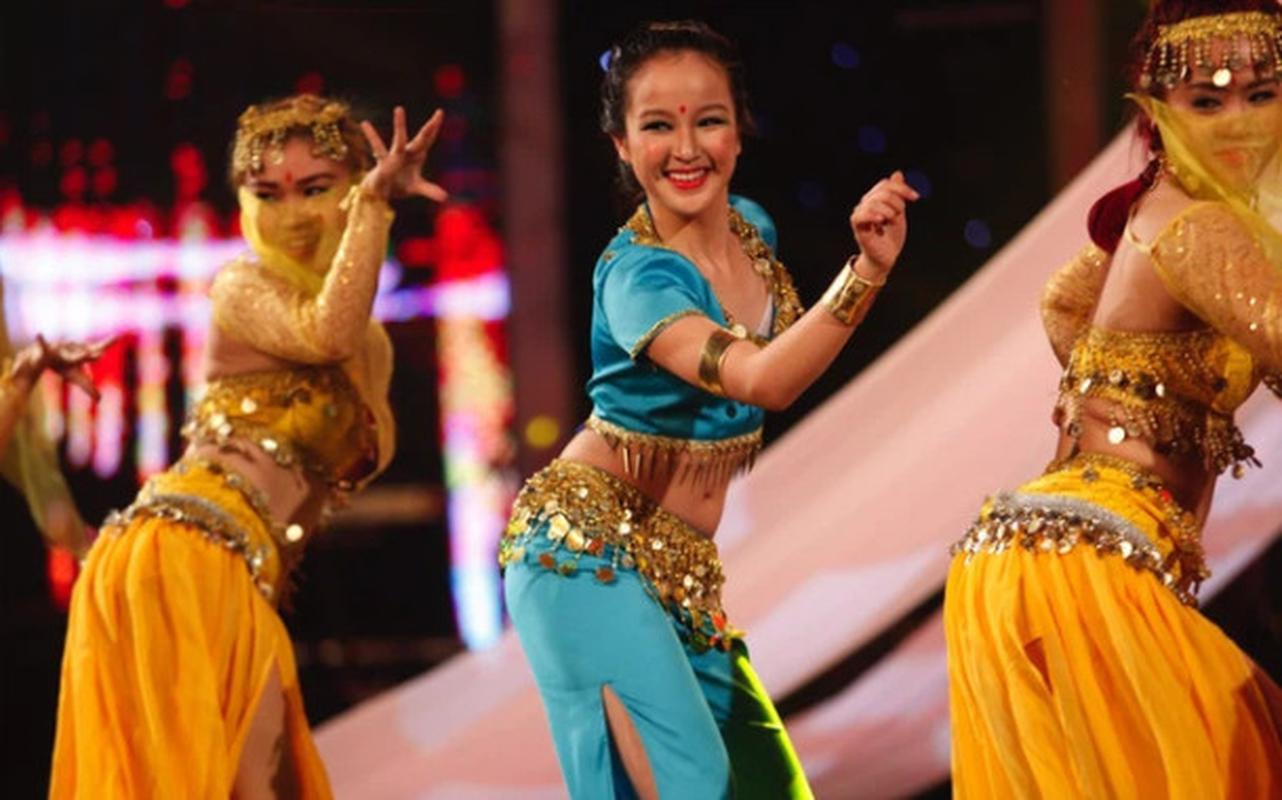 "Duong cong goi cam cua co nang ""tra xanh"" trong ""Huong vi tinh than""-Hinh-4"