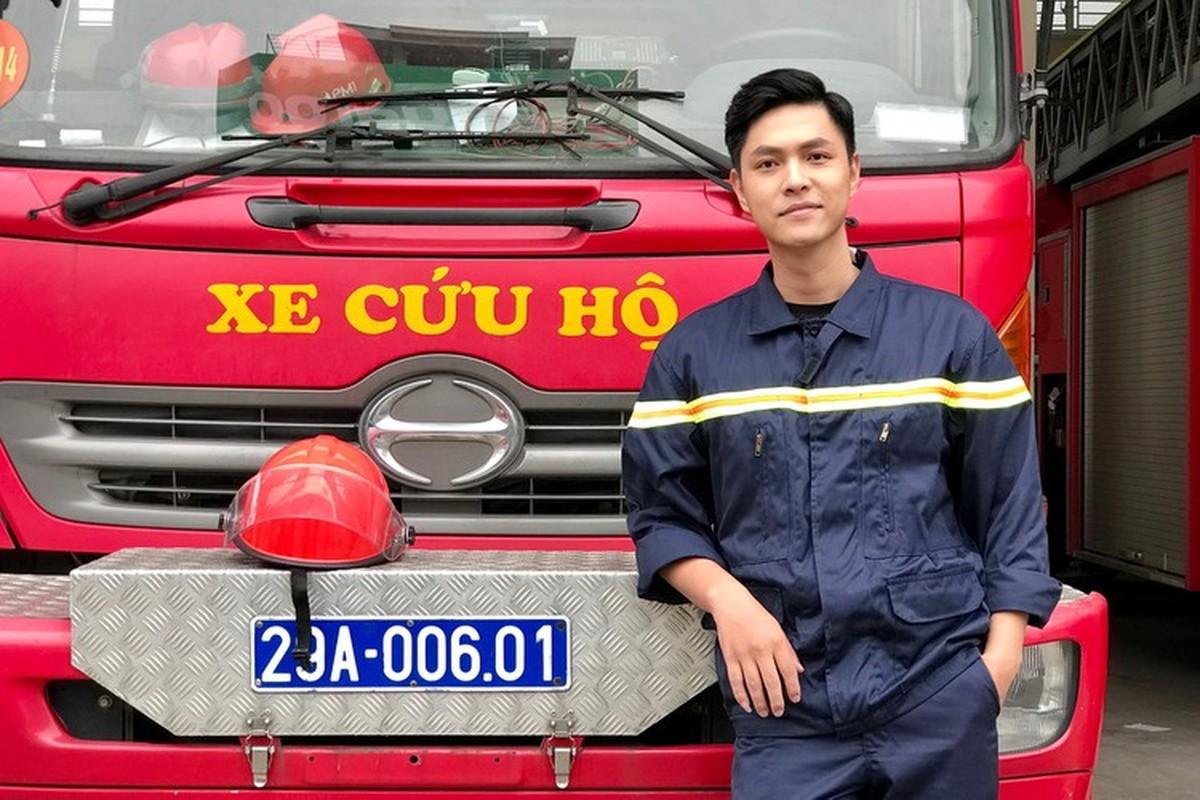"""Dung mao ban trai moi cua Phuong Oanh trong """"Huong vi tinh than""""-Hinh-4"""