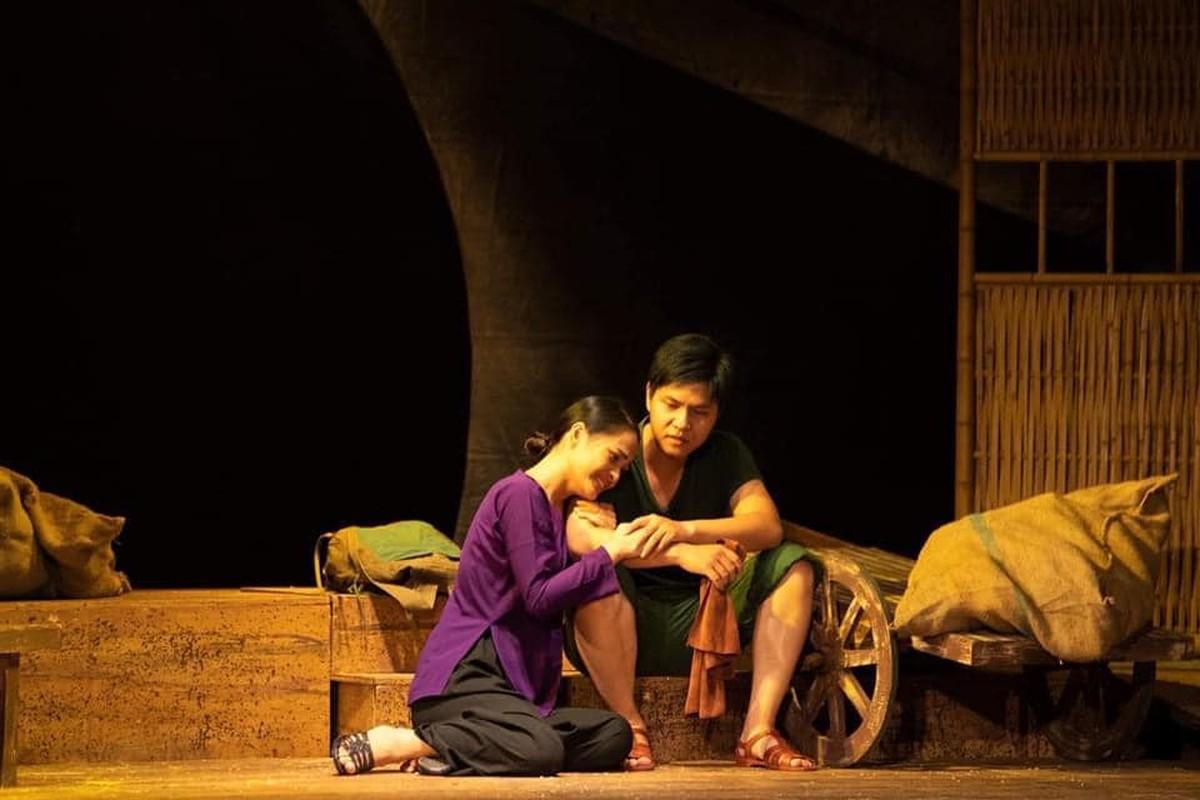 """Dung mao ban trai moi cua Phuong Oanh trong """"Huong vi tinh than""""-Hinh-6"""