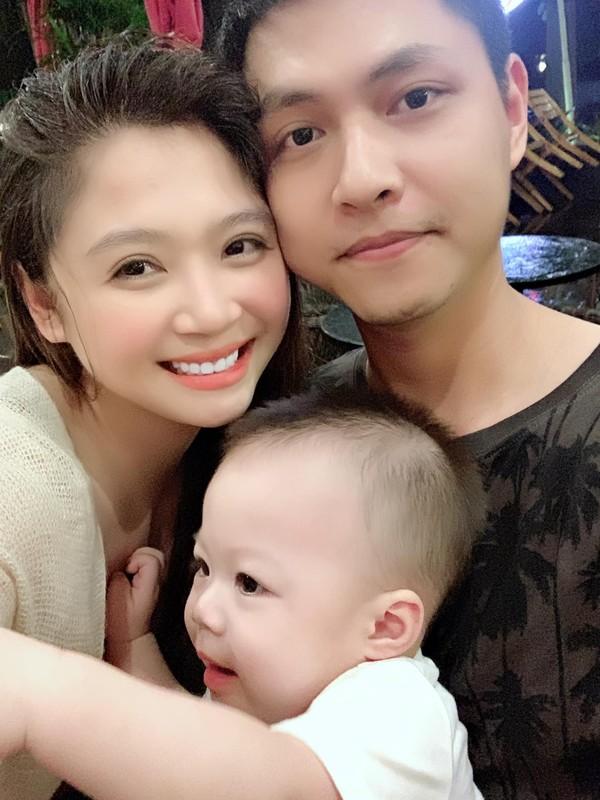 """Dung mao ban trai moi cua Phuong Oanh trong """"Huong vi tinh than""""-Hinh-9"""