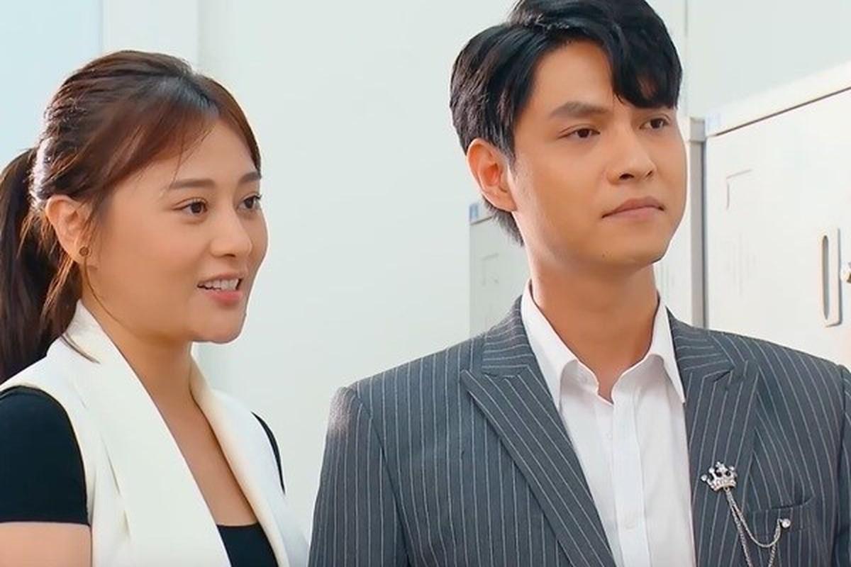 """Dung mao ban trai moi cua Phuong Oanh trong """"Huong vi tinh than"""""""