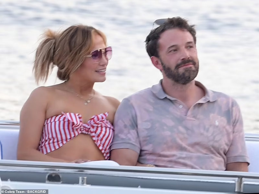 Jennifer Lopez quan quyt ben Ben Affleck dip sinh nhat 52 tuoi-Hinh-6
