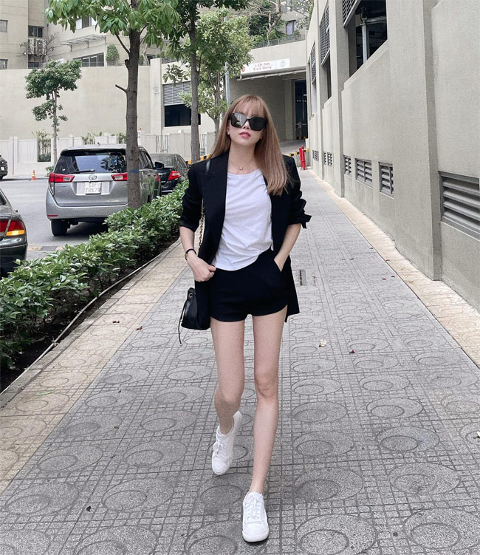 Sau chia tay Son Tung, Thieu Bao Tram ngay cang xinh dep goi cam-Hinh-4