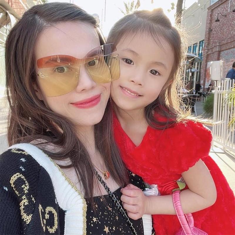10 nam sau scandal voi Ngo Kien Huy, em gai Thanh Thao ra sao?-Hinh-6