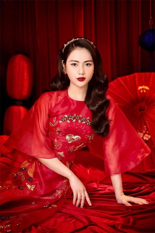 """""""Cao gia"""" trong Huong vi tinh than, ngoai doi Viet Hoa the nao?-Hinh-4"""