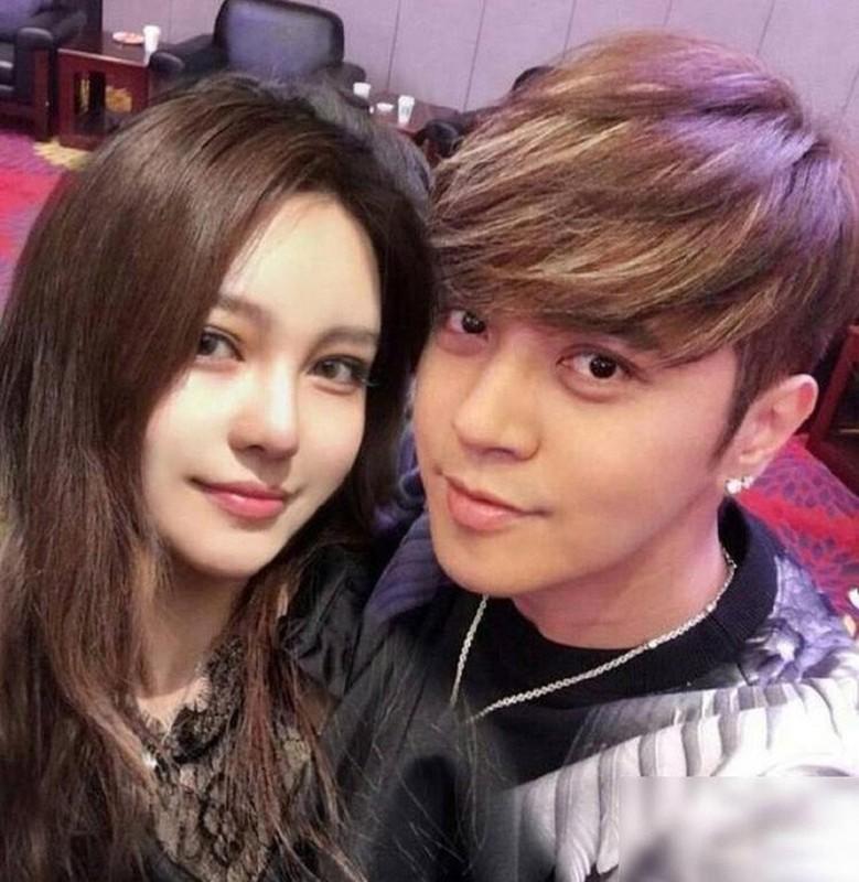 """Soi hon nhan cua dan dien vien """"Luong Son Ba - Chuc Anh Dai""""-Hinh-7"""