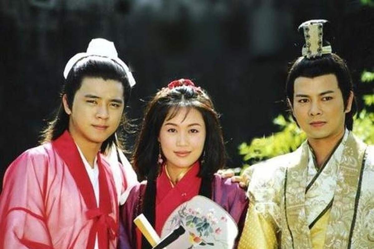 """Soi hon nhan cua dan dien vien """"Luong Son Ba - Chuc Anh Dai"""""""