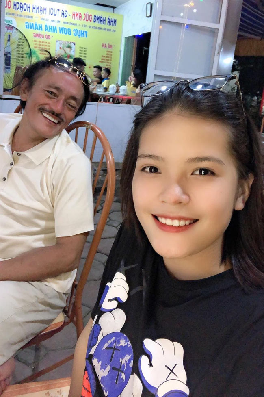 Con gai ruou xinh xan, ngoan ngoan cua co nghe si Giang Coi-Hinh-5