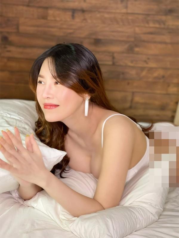 Que Van khoe dang nuot sau 1 thang sinh con trai thu ba-Hinh-5