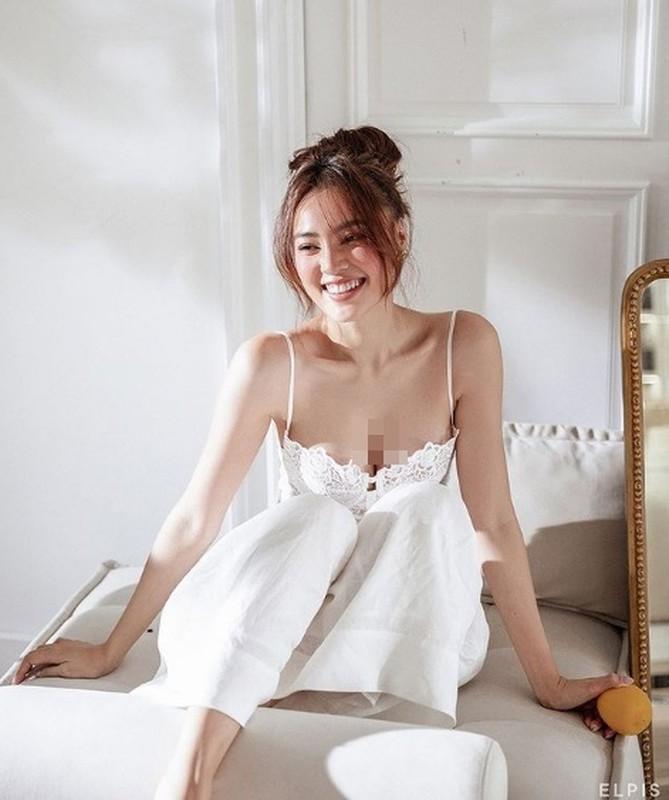 "My nhan Viet khoe vong mot ""ngon ngon"" voi do ngu-Hinh-4"