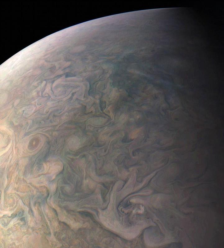 Man nhan xem anh sao Moc moi nhat gui ve tu tau Juno-Hinh-2