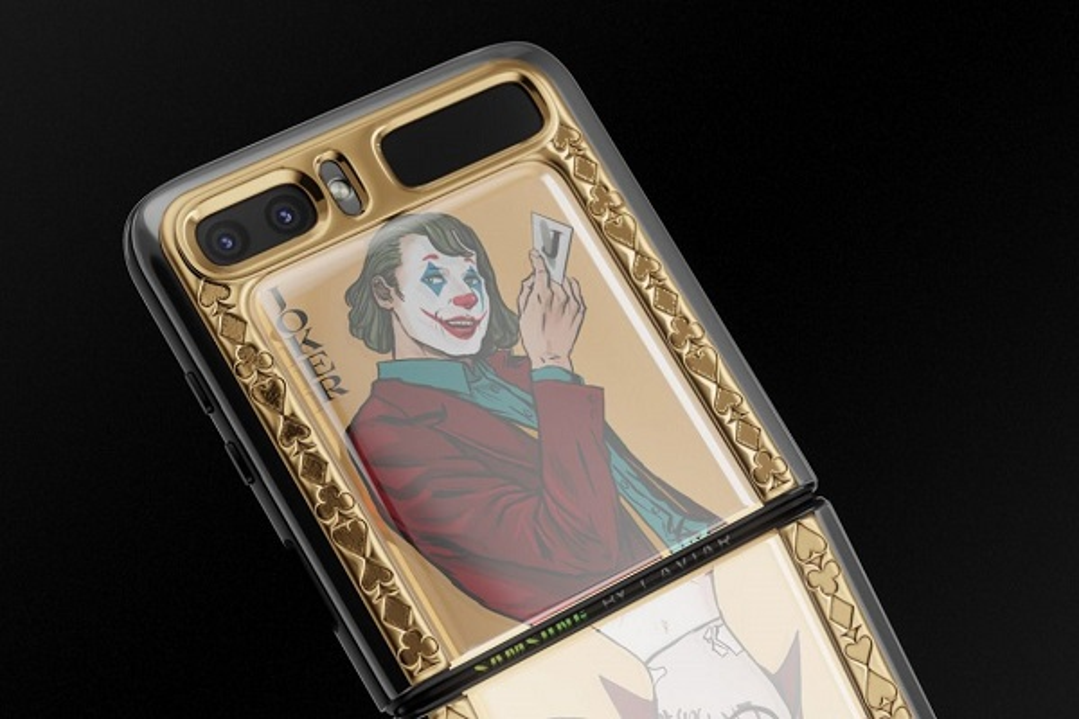Fan DC Comics khong the bo qua: Galaxy Z Flip phien ban Joker va Harley Quinn-Hinh-2