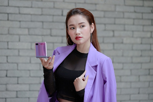 Hot reviewer Phuong Anh Payo goi y phoi do an tuong cung Galaxy Z Flip-Hinh-7