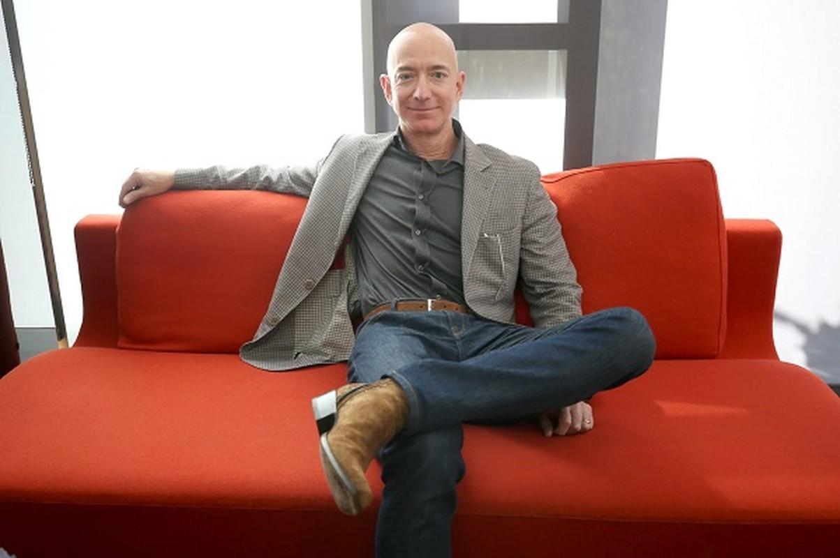 Mau giay dan tren tu lanh tiet lo dieu dac biet ve ty phu Jeff Bezos-Hinh-9