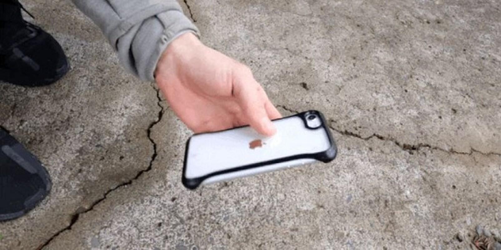 Ket qua bat ngo khi thu tha roi iPhone SE 2020 tu do cao hon 15m-Hinh-10