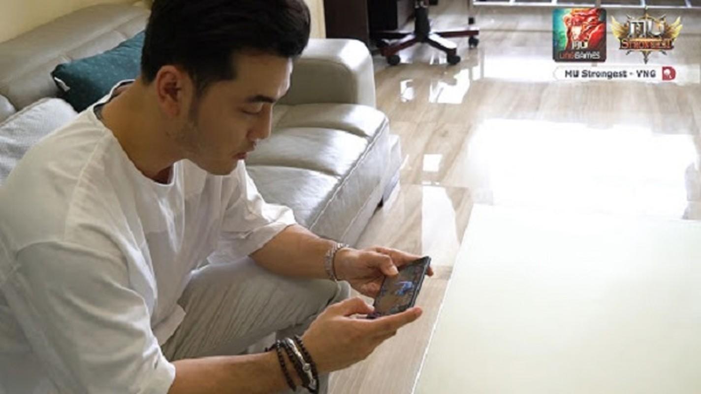"Sao Viet cuong game: Ngo Kien Huy ""tau"" PC khung, Hien Ho lam dai su PUBG Mobile-Hinh-10"