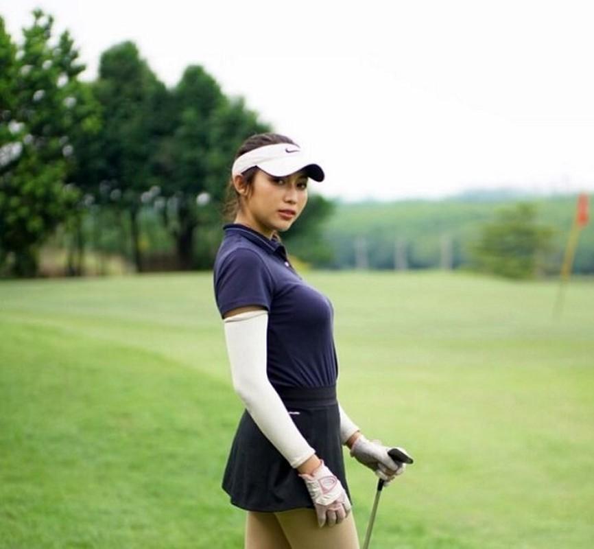 Nhan sac hotgirl lang golf chau A, len hinh la khien fan nao loan-Hinh-5