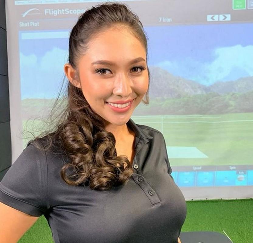 Nhan sac hotgirl lang golf chau A, len hinh la khien fan nao loan-Hinh-7