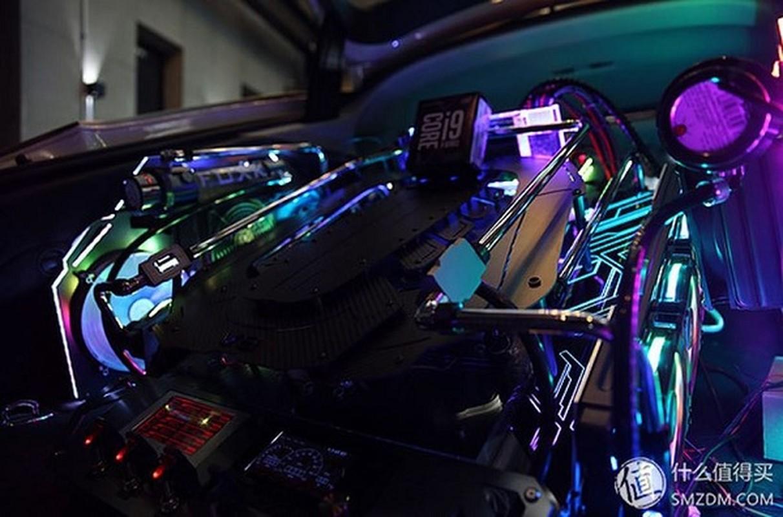 Dan choi chi 4,2 ty do Audi S7 thanh gaming PC sieu khung-Hinh-11