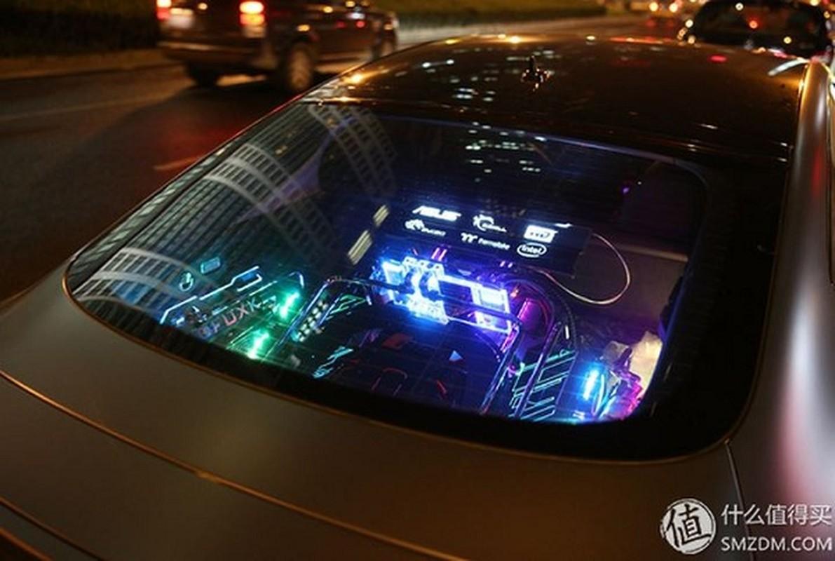 Dan choi chi 4,2 ty do Audi S7 thanh gaming PC sieu khung-Hinh-13