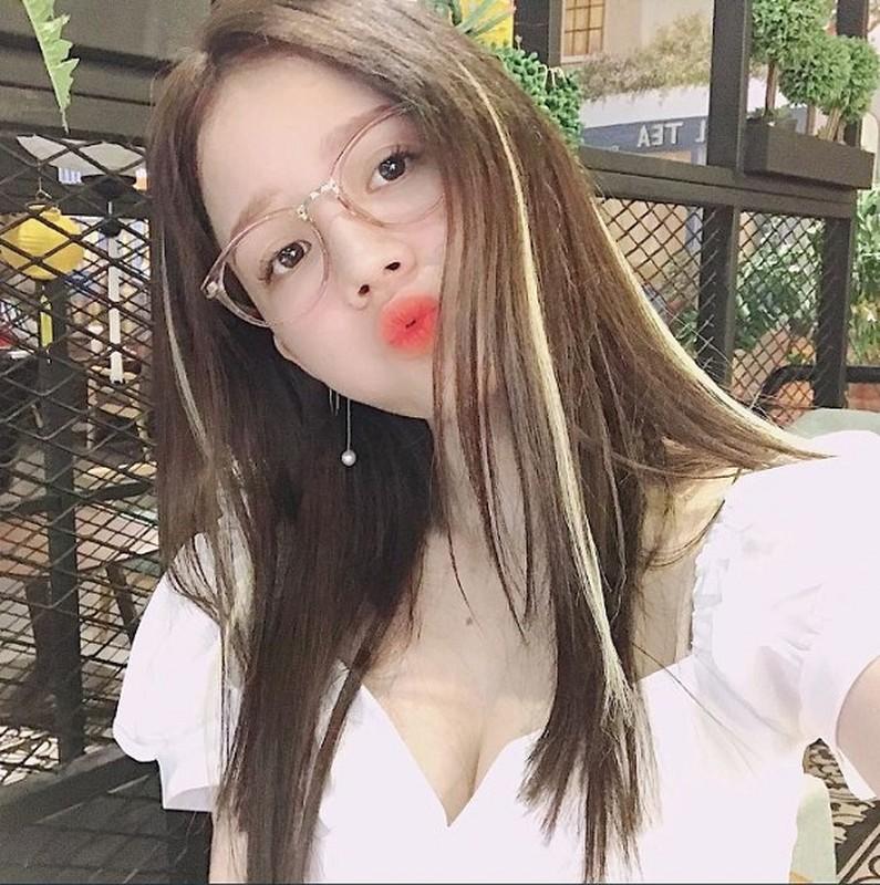 Lieu xieu truoc nhan sac 5 nu streamer nong bong nhat lang game Viet-Hinh-4