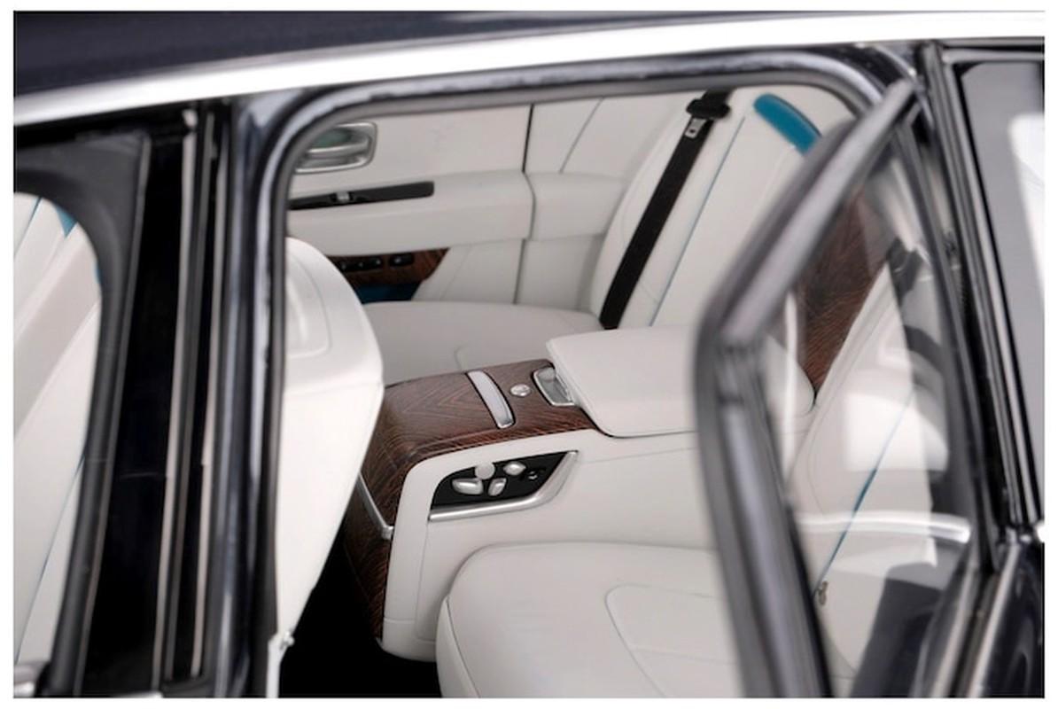 Can canh xe do choi Rolls Royce cuc tinh xao, gia dat hon xe that-Hinh-3